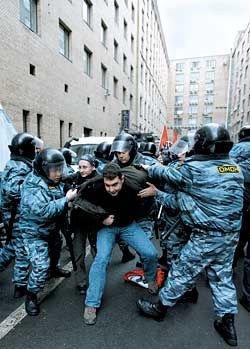 """Власти Калининграда запретили \""""Марш несогласных\"""", опасаясь, что они передерутся"""