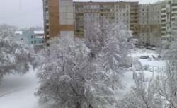 Снежная стихия нанесла удар сразу по нескольким российcким регионам