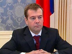 Социологи насчитали Дмитрию Медведеву уже более 80% рейтинга