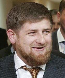 Рамзан Кадыров потребовал убрать свои портереты во всех населенных пунктах республики