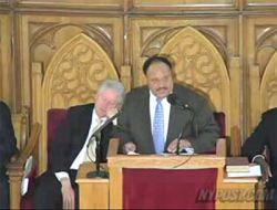 Билл Клинтон задремал перед телекамерами