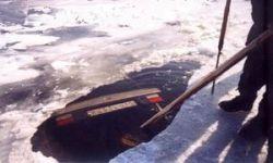 При попытке пересечь Дон по льду утонул ВАЗ с тремя людьми