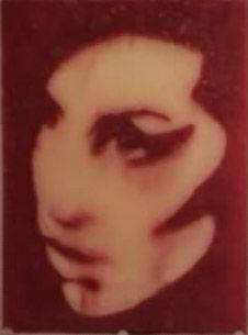 Невечное искусство: как создать портрет из замороженных напитков? (видео)