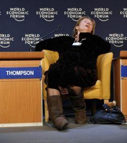 Эмма Томпсон (Emma Thompson) на международном экономическом форуме в Давосе (фото)