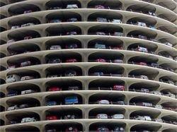 """Может ли \""""народный\"""" гараж стоить, как треть машины?"""