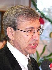 В Турции предотвращено покушение на писателя Орхана Памука