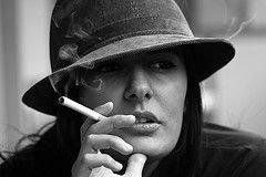 Курение угрожает женщине развитием рака шейки матки