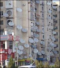 В Туркменистане борются со спутниковыми антеннами