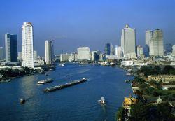Избран новый премьер Таиланда Самк Сундаравей