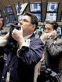 Тень дефолта. Стремительно растущие долги корпораций могут причинить нашей стране немало бед
