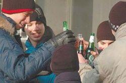 В России спиваются более 500 тысяч подростков
