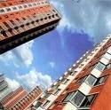 Эксперты: обвал фондового рынка может привлечь интерес инвесторов к недвижимости