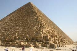 Ленин нетленен благодаря пирамиде Мавзолея? Почему тела Хо Ши Мина,Ким Ир Сена и Мао Цзэдуна сохранились хуже, чем ленинское
