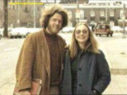Билл и Хилари Клинтон: путь от колледжа до Белого дома (фото)