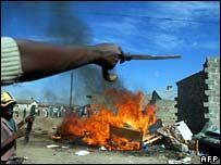 В Кении новые погромы вызваны убийством депутата