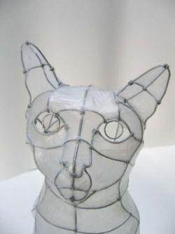 Самые необычные скульптурные работы из проводов (фото)