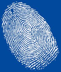 В шведских аэропортах начали снимать отпечатки пальцев
