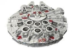 Lego Falcon - специальный набор к юбилею Lego (видео)