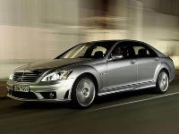 Министрам Украины запретят ездить на автомобилях дороже 100 000 долларов