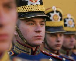 Одетые для убийства: российская армия снова модно одета, причем мода эта из 19-го века