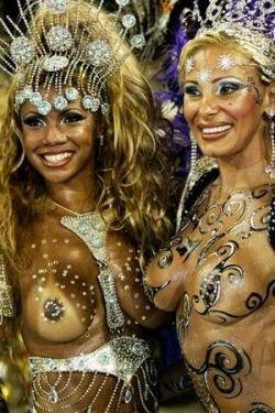 Карнавал в Рио-де-Жанейро - праздник секса и танцев (фото)