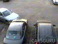 Самый невероятный способ уехать с парковки (видео)