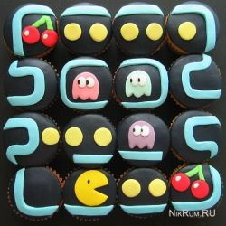 Пирожные в стиле Pac-man