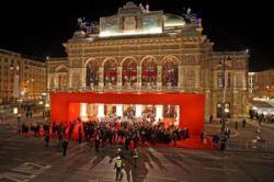 В Вене состоялся Оперный бал (фото)
