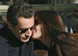 Первые фото новоиспеченных супругов Саркози (фото)