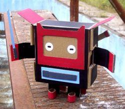 Забавные существа из картона (фото)