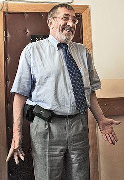 Адвокат Борис Кузнецов просит политическое убежище в США