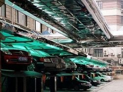 """Многоярусные паркинги стали способом массового \""""кидалова\"""" москвичей"""