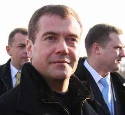 Кадровый резерв Дмитрия Медведева пока не целиком переместился из Питера в столицу