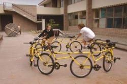 Новый способ передвижения на велосипеде (фото)