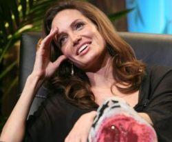 У Анжелины Джоли будут близнецы