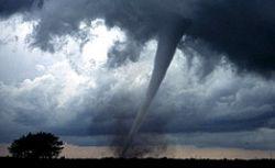 Растет число жертв торнадо в США