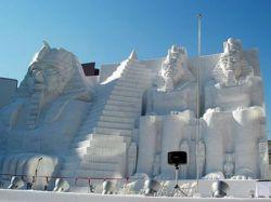 Фестиваль снежных скульптур в Саппоро (фото)