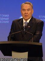 Нурсултан Назарбаев призвал затянуть пояса