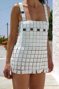 Платье на солнечных батарейках - наряд для эксцентричной девушки