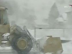 В США на смену торнадо пришла снежная буря