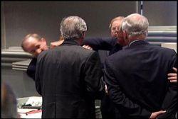 В сенате штата Алабама произошла драка законодателей (видео)