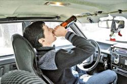Московским водителям разрешат пить за рулем