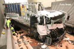 Ужасная авария в бельгийском тоннеле (фото)