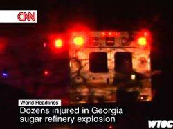 Пожарные не могут найти шестерых работников взорвавшегося в США завода