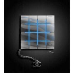 Chanel - теперь и телефон