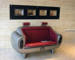Диванчик в виде сидения из Aston Martin DB6 (фото)