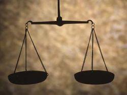 Американский адвокат угодил в тюрьму за рукопожатие