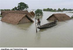 Жертвами наводнений в Индонезии стали 12 человек