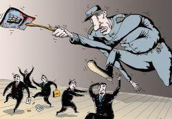 Жизнь в России страхуют в основном должники