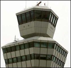 """Французские аэропорты в режиме \""""зависания\"""": начались забастовки"""